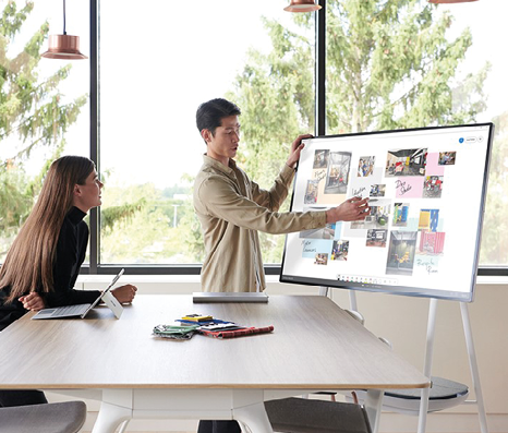 Surface Hub 2S Built for team collaboration in the modern workplace